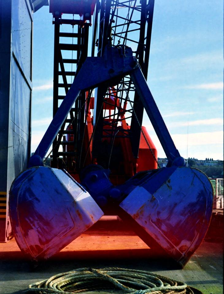 Harbour Crane - Portra 160 - Light leak on Minolta x500